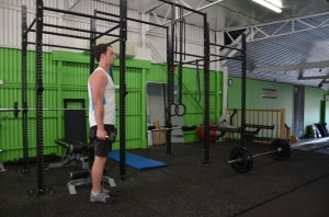 Alternating-Dumbbell-Hammer-Curl-Lunge