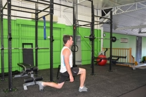 Bodyweight-Walking-Lunge1