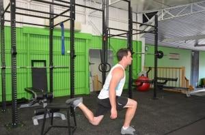 Bulgarian-Jump-Squats1