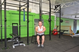 Narrow-Stance-Bodyweight-Squat1