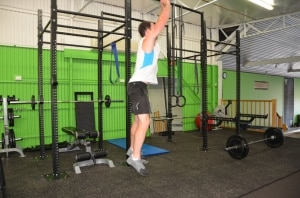 Verticle-Squat-Jump-with-hold-3
